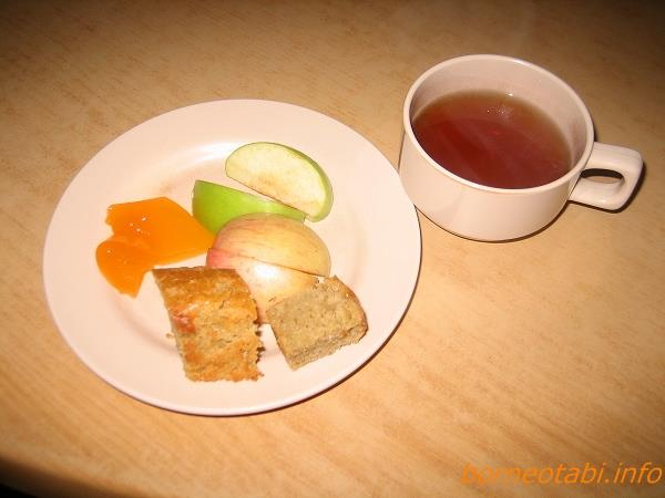 デザートてんこ盛り ラバンラタ小屋 2012.5.21 キナバル公園