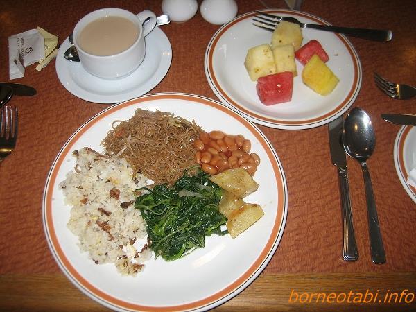 ホテルシャングリラの朝食 2012.5.23 コタキナバル